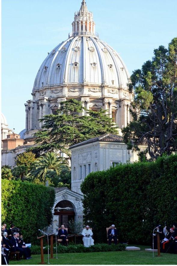 shimon-peres-mahmoud-abbas-pope-francis-vatican-2