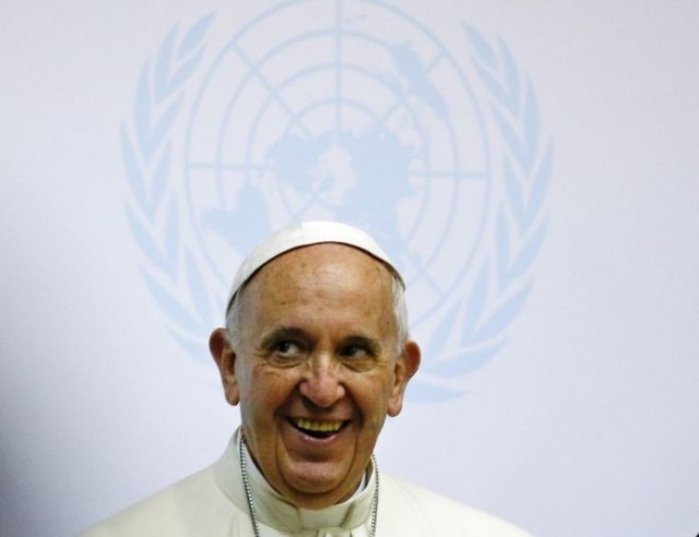 pope-francis-at-un-africa-696x536