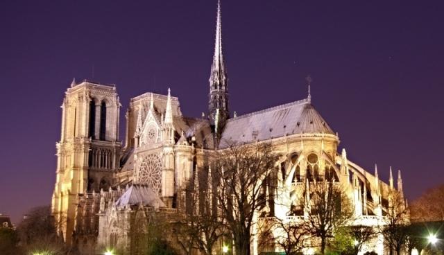 63589.jpg Katedra Notre Dame w Paryżu fot. Atoma Wikimedia Commons